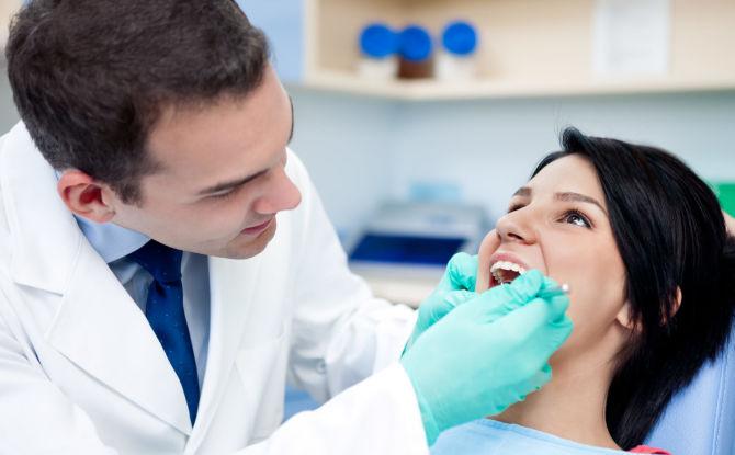 Кандидоз полости рта (молочница): причины, симптомы и лечение