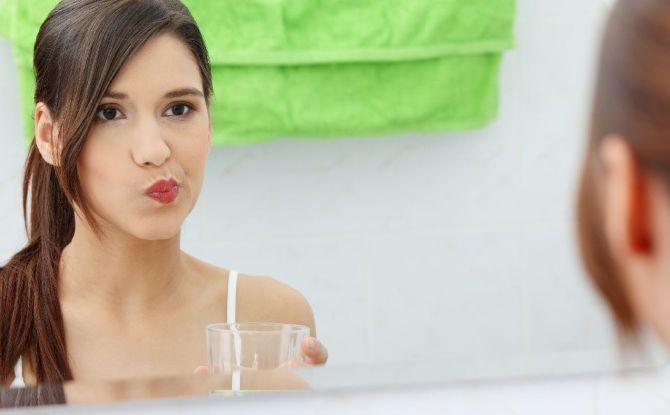 Чем полоскать рот при зубной боли в домашних условиях: аптечные средства и народные рецепты