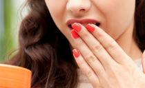 Почему во рту возникает металлический привкус и как с ним бороться