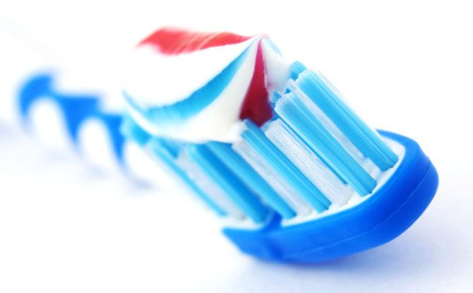 «Счастливая дюжина» или рейтинг 12 лучших зубных паст