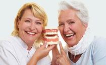 Льготное и бесплатное протезирование зубов для пенсионеров, ветеранов труда и инвалидов в 2019 году