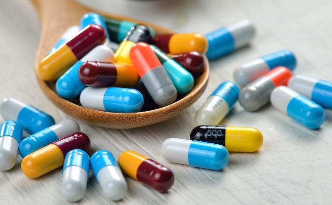 Какие антибиотики можно принимать при флюсе зуба и как выбрать лучший препарат