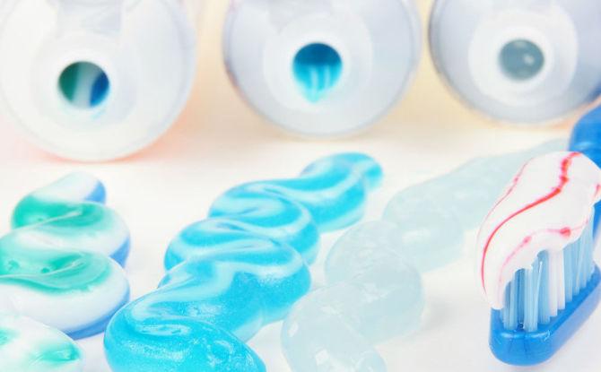 Рейтинг лучших зубных паст для чувствительных зубов