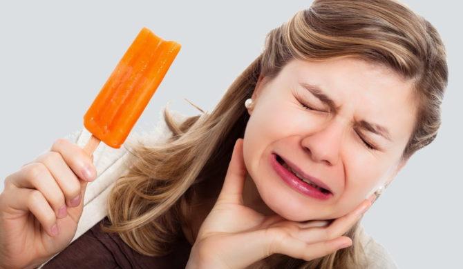 Болит зуб из-за мороженого