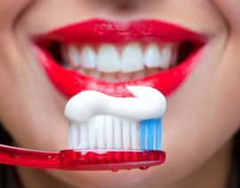 Чистка зубов после экстракции