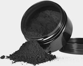 Измельченный до состояния порошка уголь