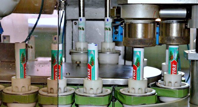 Производство тюбиков для зубной пасты
