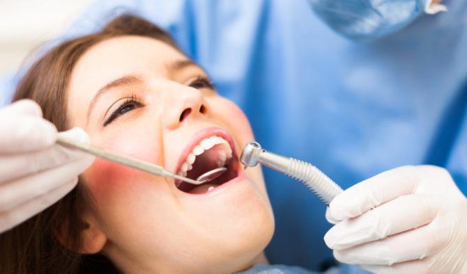 Процедура реставрации зубов